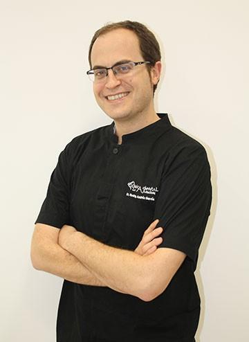 Dr. Rodrigo Andrés Garcia